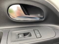 Volkswagen-up!-24